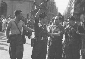 Хуан Гарсия Оливер с другари анархисти след победата над военния пуч на 19 юли 1936 г.